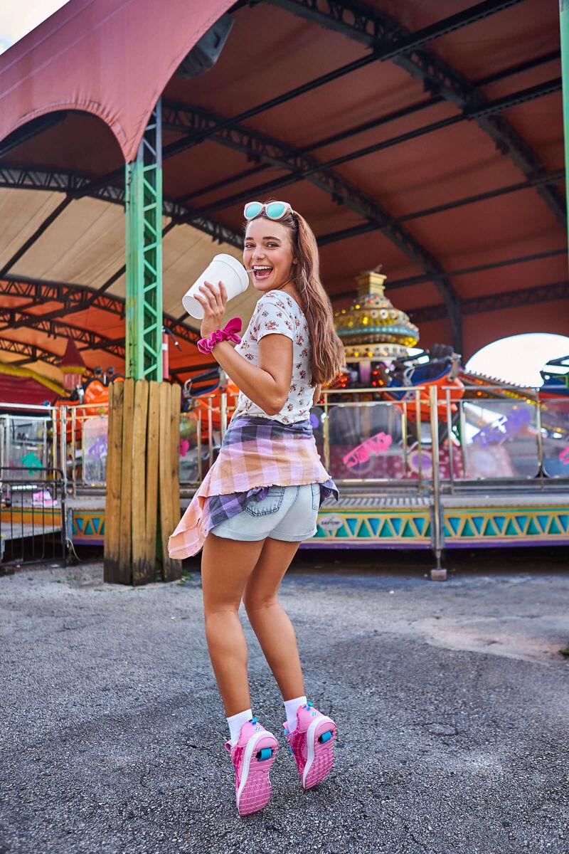Jessica Simpson Carousel